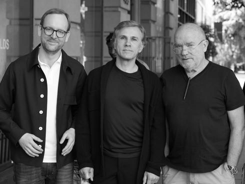 Der Autor mit Christoph Waltz und Peter Lindbergh (v. l. n. r.) bei einer Fotoproduktion für das ZEITmagazin MANN.